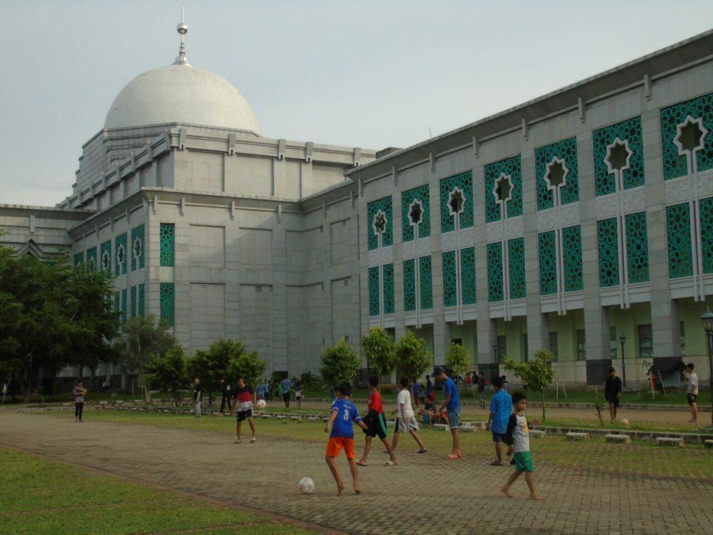 masjid raya jakarta islamic center, tempat wisata religi jakarta terkenal se-asia tenggara | Seputarkota.com