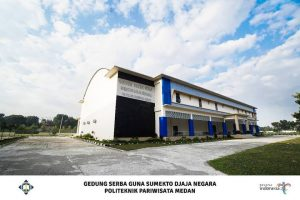 kampus terbaik di kota Medan, Akademi Pariwisata Medan