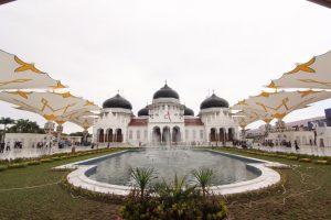 Masjid Terdekat, Masjid Raya Baitturahman