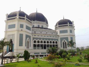 Masjid Raya Al Mashun, masjid terkenal di Kota Medan