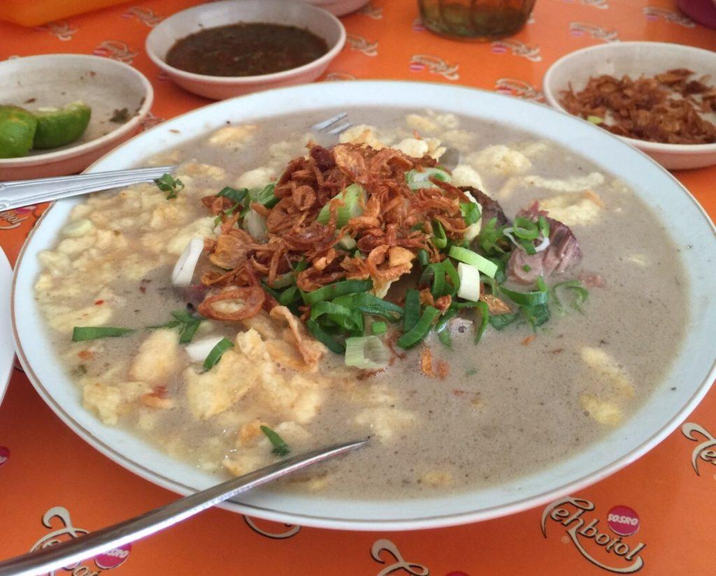Soto Roxy H. Darwasa, soto paling enak di Jakarta Pusat, Seputar Kota