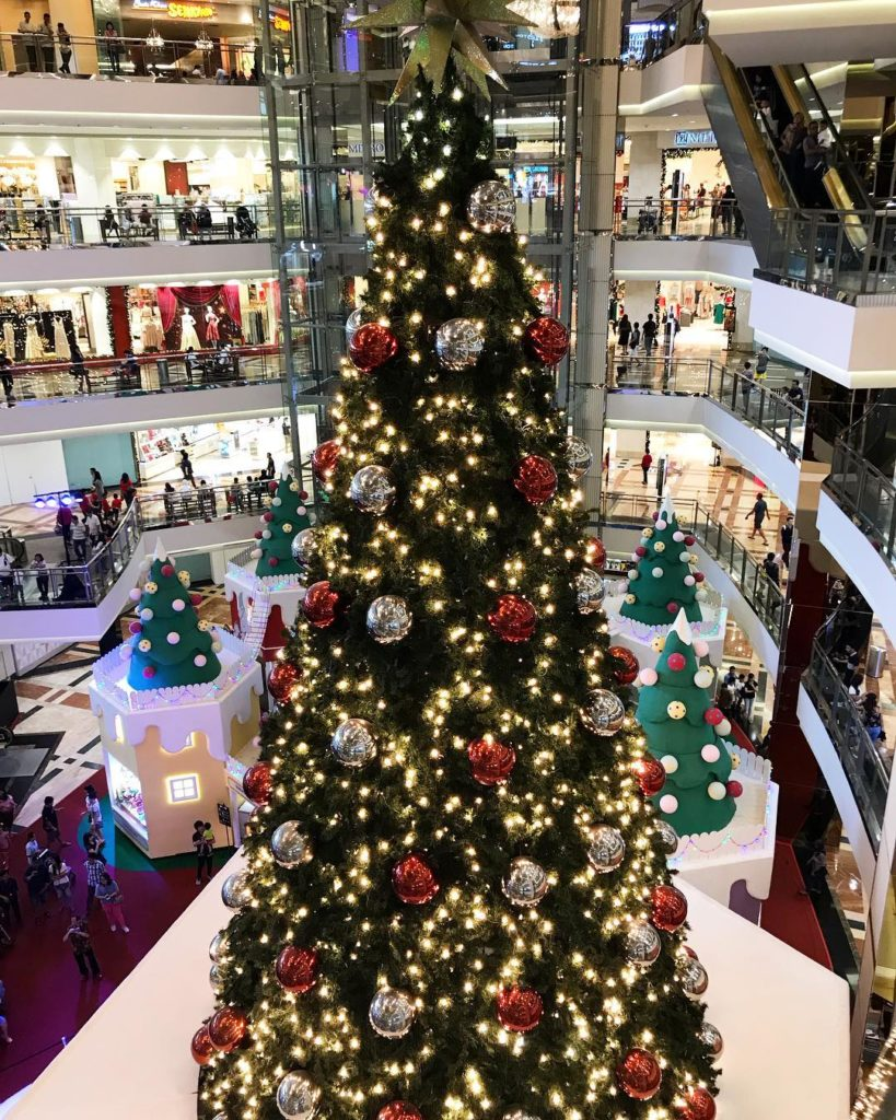 mall di Jakarta, Mall Taman Anggrek, Seputar Kota