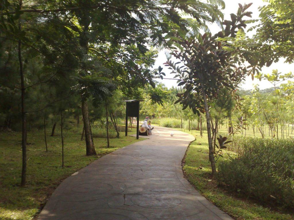 taman kota di Tangerang, Taman Kota 2 BSD, Seputar Kota