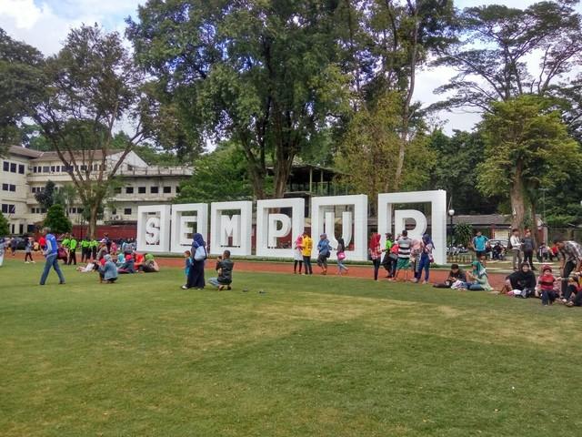 tempat ngabuburit di Bogor, Taman Sempur, seputarkota.com
