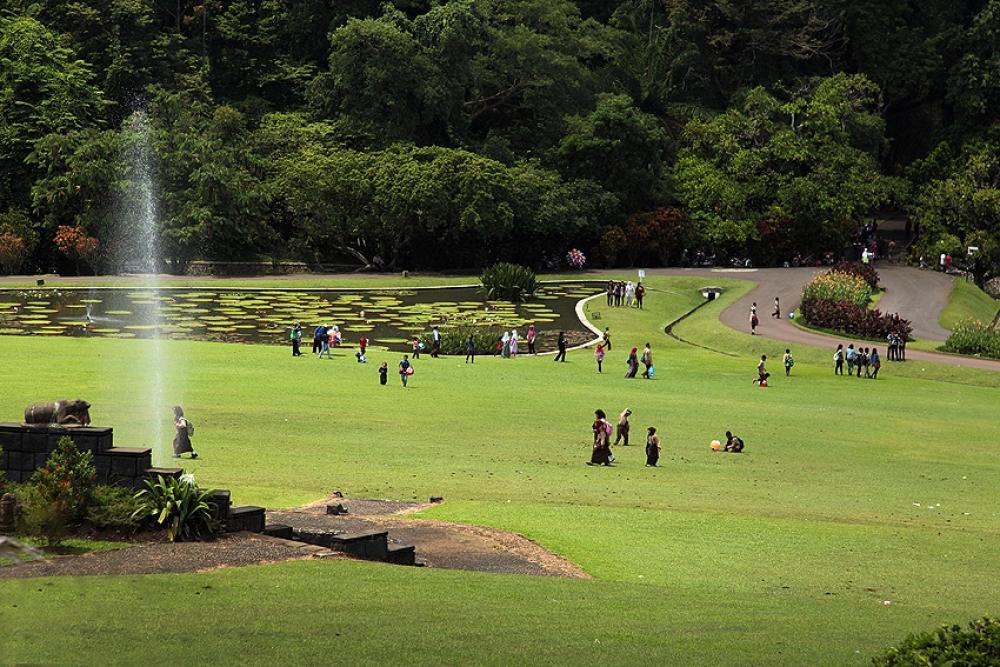 tempat ngabuburit di Bogor, Kebun Raya Bogor, seputarkota.com
