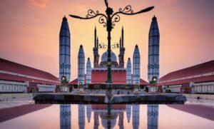 Masjid Agung, Seputarkota.com (Sumber: JejakPiknik.com)