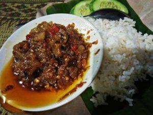 Oseng Mercon Bu Narti, Kuliner Malam Yogyakarta, Seputarkota.com (Sumber: neolimastrans.com)