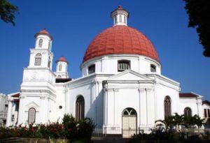 Gereja Blenduk, Wisata Religi di Semarang, Seputarkota.com (Sumber: holamigo.id)